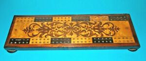 """ANTIQUE """"SEAWEED MARQUETRY INLAID"""" PATTERNED WOODEN FOOTED CRIBBAGE BOARD"""