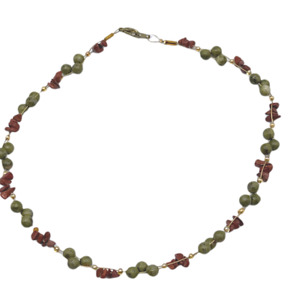 Natural Stone Necklace Green and Red Gold Tone Wire Gemstone