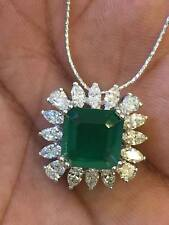 Stunning 5.50 Cts Marquise Pear Cut Diamonds Emerald Pendant Chain In 18K Gold
