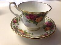 Royal Albert Old Country Roses 1962 Cup Saucer Fine Bone Footed England China