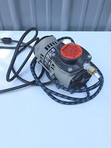 Badger Air Brush Diaphragm Compressor Model 80-2  ~ Includes Hoses