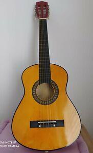Chitarra classica (97 cm) con custodia