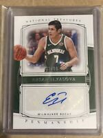 2019-20 Panini National Treasures Ersan Ilyasova 94/99 Penmanship Auto Bucks MW