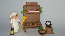 Playmobil Christmas Woman Selling with Post y Food, Shepherdess Custom, Portal