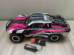 Traxxas Slash 2wd + Charger. NO REMOTE. WORKS GREAT! Pink/Black