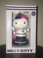 2014 New York Yankee Hello Kitty SGA Bobblehead Brand New In Box