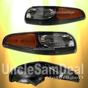 FOR 97-04 CHEVY CORVETTE CLEAR LENS BLACK BUMPER CORNER SIGNAL LIGHTS PAIR
