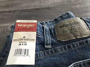 Bnwt Wrangler Authentics Jeans W36xL30 Straight Mens Blue Denim Casual Smart