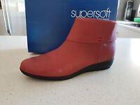 BRAND NEW WOMENS SUPERSOFT BY DIANA FERRARI COMFORT WEAR BOOTS SZ 8  last pair