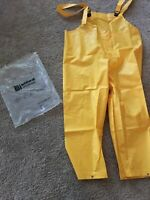 YELLOW WATERPROOF OVERALLS CHEST WADERS SNAP BOTTOMS - SIZE MEDIUM