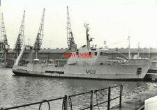 PHOTO  HMS VENTURER B OR VENTURER CLASS MINESWEEPER  THE FORMER COMMERCIAL TRAWL