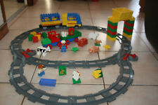 LOT LEGO DUPLO FERME TRAIN LOCOMOTIVE ELECTRIQUE CIRCUIT  ANIMAUX