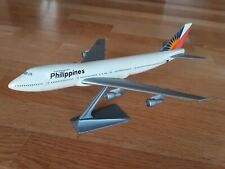 MAQUETTE AGENCE AVION BOEING 747 AIR PHILIPPINES LONGUEUR 28CM