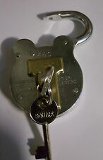 Squire 440 old english padlock 4 lever good all weather pad lock shed gate home