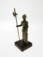 Armure antique miniature dorée
