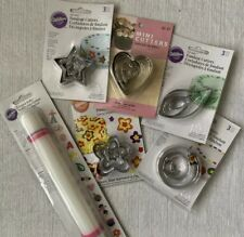 Wilton Fondant Cutters And Roller Non Stick Rolling Pin 9in