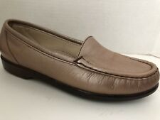 SAS Shoes Womens Size 6 N Narrow Bronze Loafers 6N