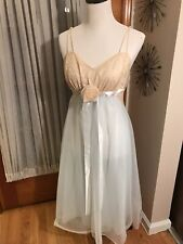 Vintage Vanity Fair Gown Sz 34 Pale Aqua And Taupe Lace Beautiful