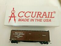 HO scale Accurail  River City Seattle  Lake Shore & eastern railway Box Car  544