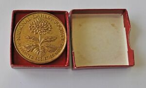 NATIONAL DAHLIA SOCIETY, AFFILATED SOCIETIES, 38mm BRONZE MEDAL CASED UNC