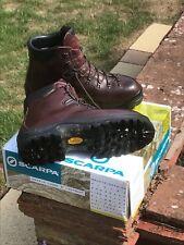 Mens Scarpa walking boots size 12