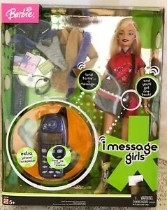 New 2004 Barbie Doll I MESSAGE GIRLS With Toy Cell Phone for Calls Texts NRFB