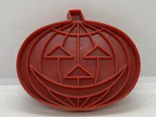 🎃 Vintage 1970's Tupperware Red Plastic Jack-O-Lantern Halloween Cookie Cutter