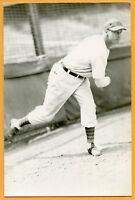 Baseball Postcard of Hy Vandenberg -- 1944-45 Cubs