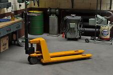 Hubwagen Gabelhubwagen für Modellbau Diorama Werkstatt Garage Deko Metall 1/18