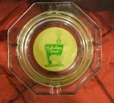 VINTAGE HOLIDAY INN OF AMERICA THE NATIONS INNKEEPER GLASS GREEN ASHTRAY