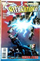 Justice League International #2 - Dan Jurgens - DC 2011 - 9.4 NM