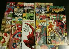 18 Spiderman comic books Variety Of Issues