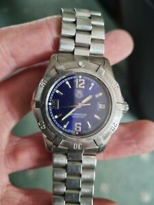 Tag Heuer Professional 2000 Quartz Mens Wristwatch. Blue Dial.