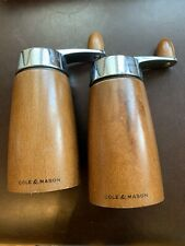 COLE AND MASON SALT AND PEPPER MILLS WOODEN CLASSIC DESIGN