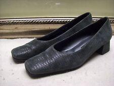 Stuart Weitzman Class Pump Shoes Size 7.5 AAA  $355