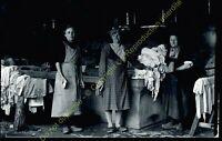 photographie négatif sur plaque de verre 37000 TOURS Lavandières circa 1920