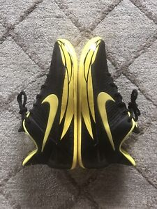 Nike Kobe AD Oregon PE Ducks Kobe Bryant Size 10 VNDS Condition