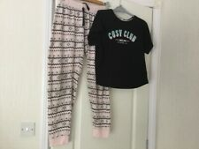Ladies Pyjamas size 10/12