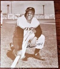 RARE WILLIE MAYS AUTOGRAPHED11x14 GROSKINSKY SEPIA POSTER, GIANTS AUTO, SIGNED