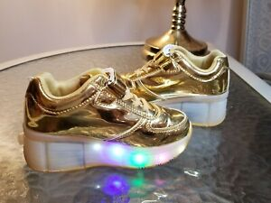 ⭐️⭐️Led Roller Shoes Girls/Boys/Kids Flashing Wheels Rollers Sneakers Shoes ⭐️⭐️