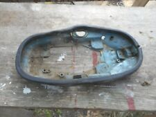 1957 EVINRUDE 10HP  LOWER ENGINE PAN