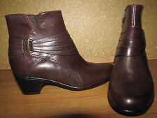 Clarks 'Bendables' Brown Ankle High Boots - 7.5M European 38 EUC