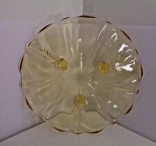 """VINTAGE DEPRESSION GLASS, YELLOW, 3 LEG CAKE PLATE IN MINT CONDITION 8"""""""