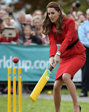 Catherine, Duchess of Cambridge UNSIGNED photo - H5882