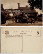 Lincoln, Lincolnshire vintage Raphael Tuck Postcard - Newport Arch