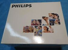 Phililps Digital Photo Display 7FF1 In The Box.