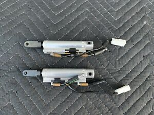 2009-2018 NISSAN 370Z ROADSTER CONVERTIBLE PAIR OF ROOF HYDRAULIC CYLINDERS