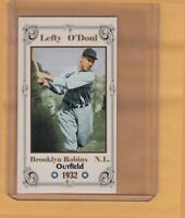 Lefty O'Doul, '32 Brooklyn Robins, Monarch Corona Super Toys Limited Edition