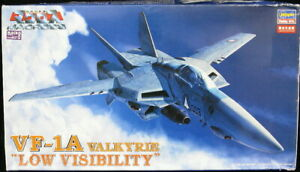 """1/72 Hasegawa Models MACROSS VF-1A VALKYRIE """"Low Visibility"""" *MINT*"""