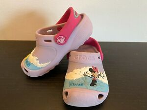 "Minnie Mouse Crocs ""Makin' Waves"" - Size 8/9"